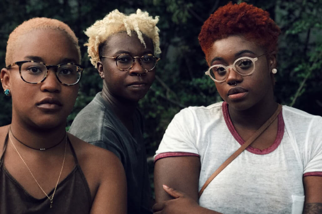 2017 EyeEm Awards Finalists DAVID SCHULMAN three girls in atlanta 2017 EyeEm Photography Awards   The Portraitist
