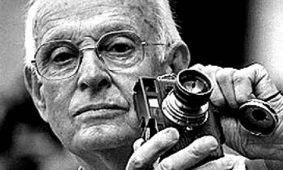 Henri Cartier Bresson 5 580x349 2018   52 Inspirational photography quotes