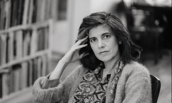 Susan Sontag 580x349 2 2018   52 Inspirational photography quotes