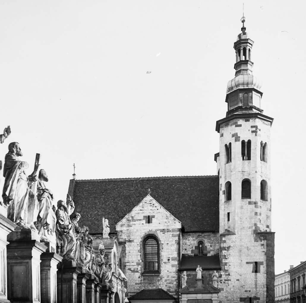 Zeiss Ikon Nettar 517/16, Krakow, analogue photography, church