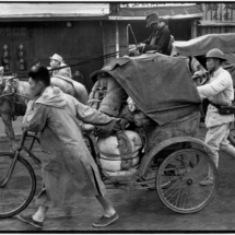 Henri Cartier Bresson CHINA. Jiangsu. Nankin. April 1949. 215x215 Photos of Henri Cartier Bresson