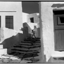 Henri Cartier Bresson GREECE. Cyclades. Island of Siphnos. 1961 215x215 Photos of Henri Cartier Bresson