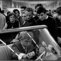 Henri Cartier Bresson Paris. Salon de lAuto. 215x215 Photos of Henri Cartier Bresson