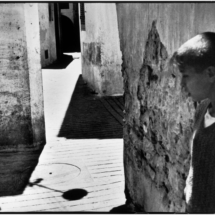 Henri Cartier Bresson SPAIN. Andalucia. Seville. 1933. 215x215 Photos of Henri Cartier Bresson
