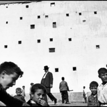 Henri Cartier Bresson SPAIN. Madrid. 1933. 215x215 Photos of Henri Cartier Bresson