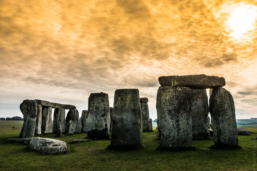 Stonehenge-a-prehistoric-monument-in-Wiltshire-80155