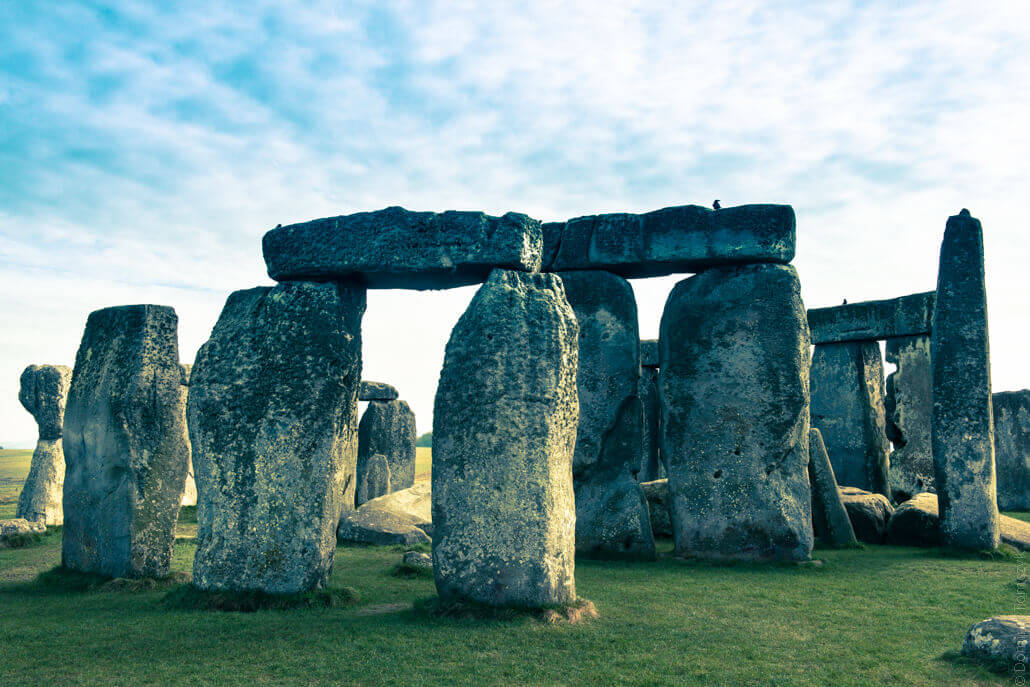 Stonehenge-a-prehistoric-monument-in-Wiltshire-80157