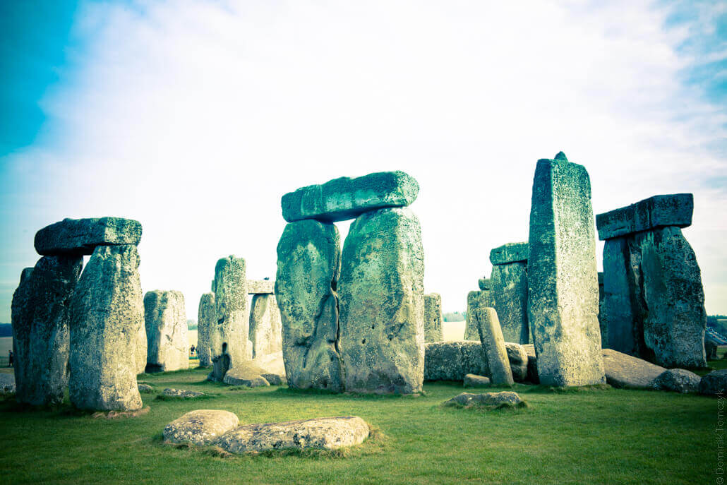 Stonehenge-a-prehistoric-monument-in-Wiltshire-80162