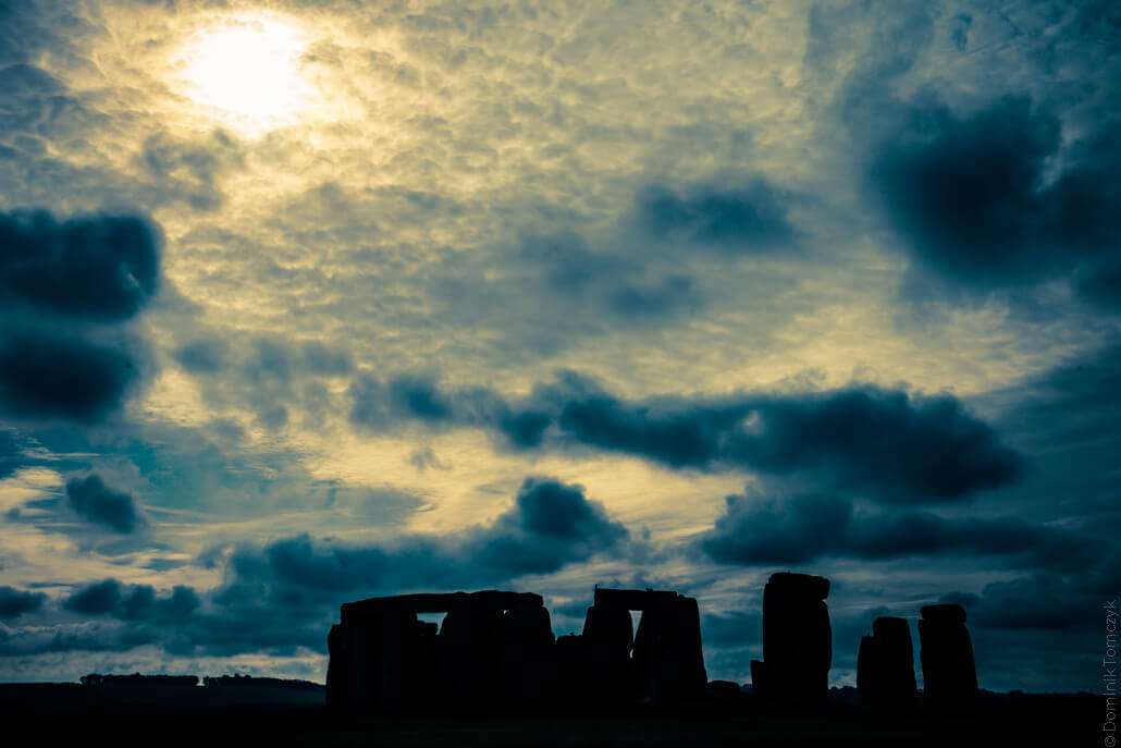 Stonehenge-a-prehistoric-monument-in-Wiltshire-80194