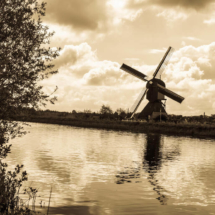 Unesco Kinderdijk windmills Dutch history 80517 215x215 Travel