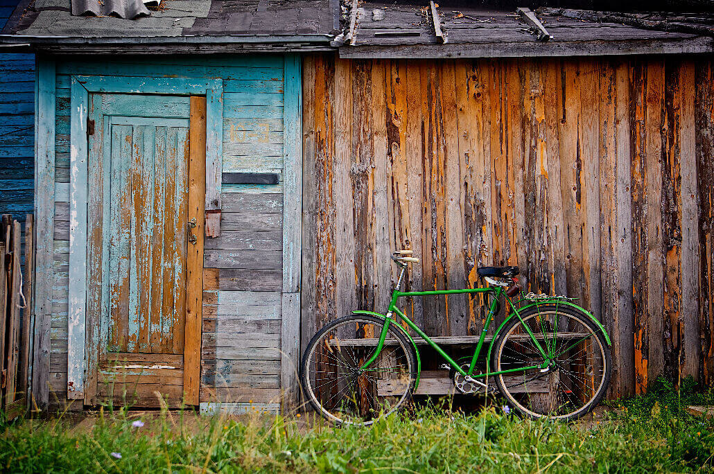 Unsplash Photo by alexander shustov 52 Subjects to Photograph   Photography Challenge   A bicycle