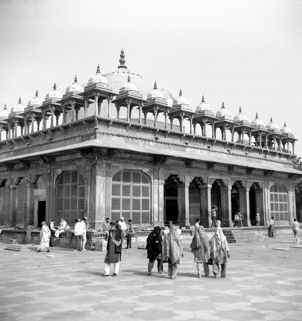 analogue-India-Zeiss-Ikon-Nettar-517-6x6-Jaipur-Fort-Amber-005