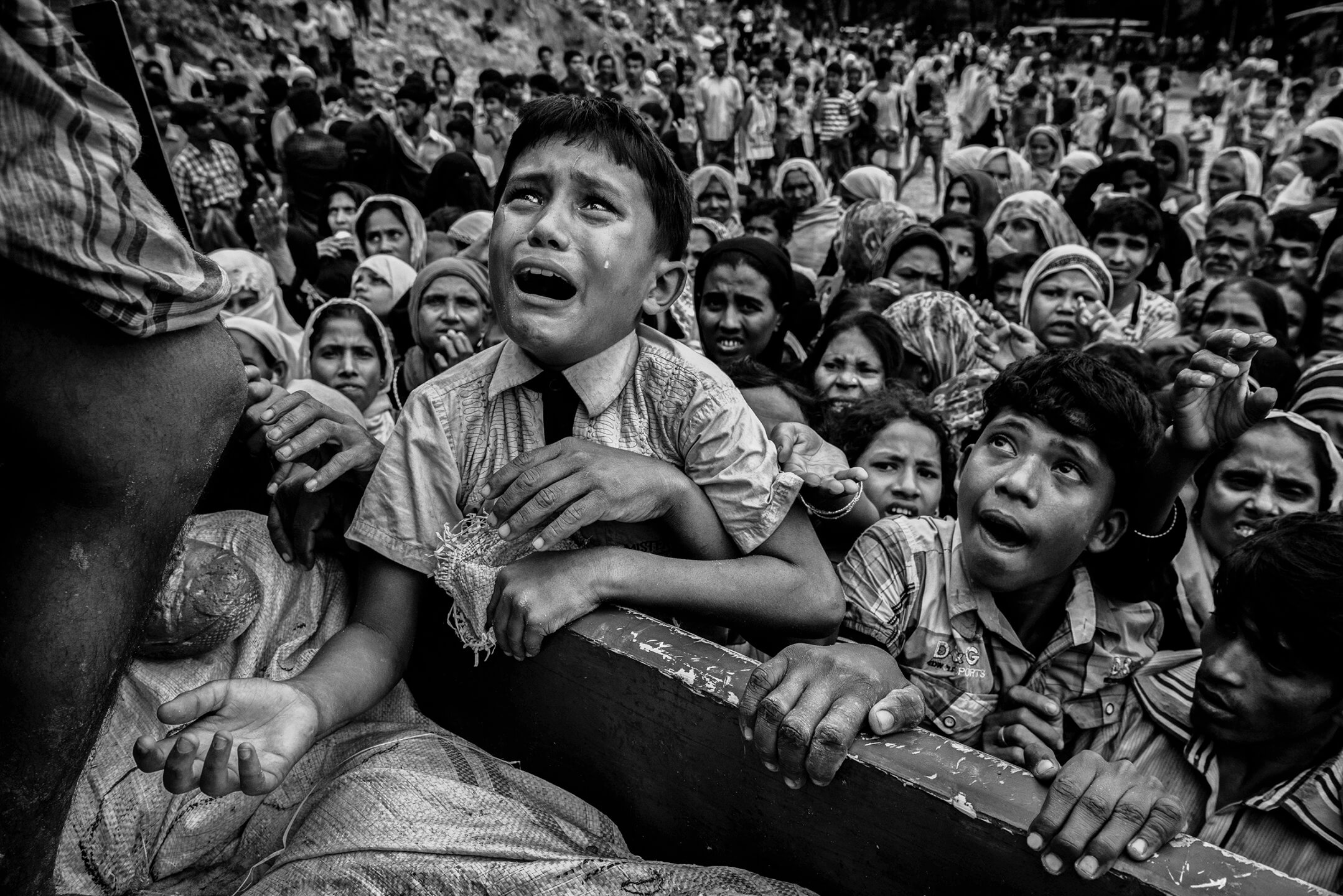 time-kevin-frayer-rohingya-bangladesh-top-100-photos-2017